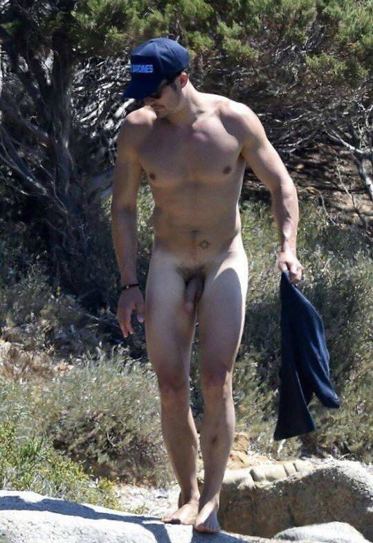 male country singers naked