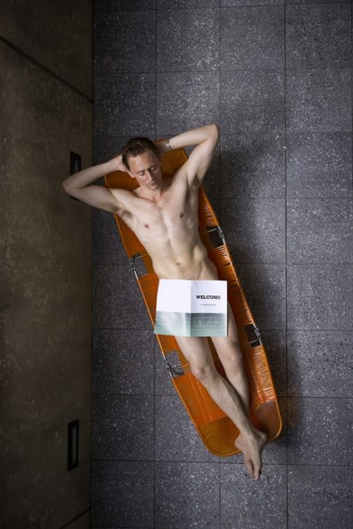 tom-hiddleston-nude-04