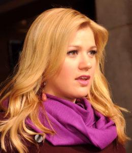 OMG, gossip: Kelly Clarksons not joining American Idol