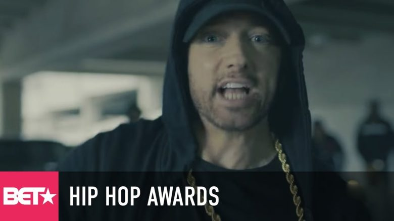 omg eminem tears into donald trump in bet hip hop awards