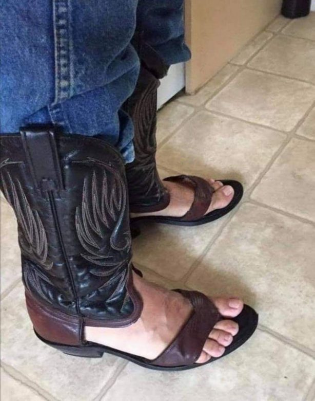 OMG, date night: Wear matching ranch-themed footwear