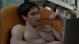 Jake Gyllenhaal nude in Velvet Buzzsaw
