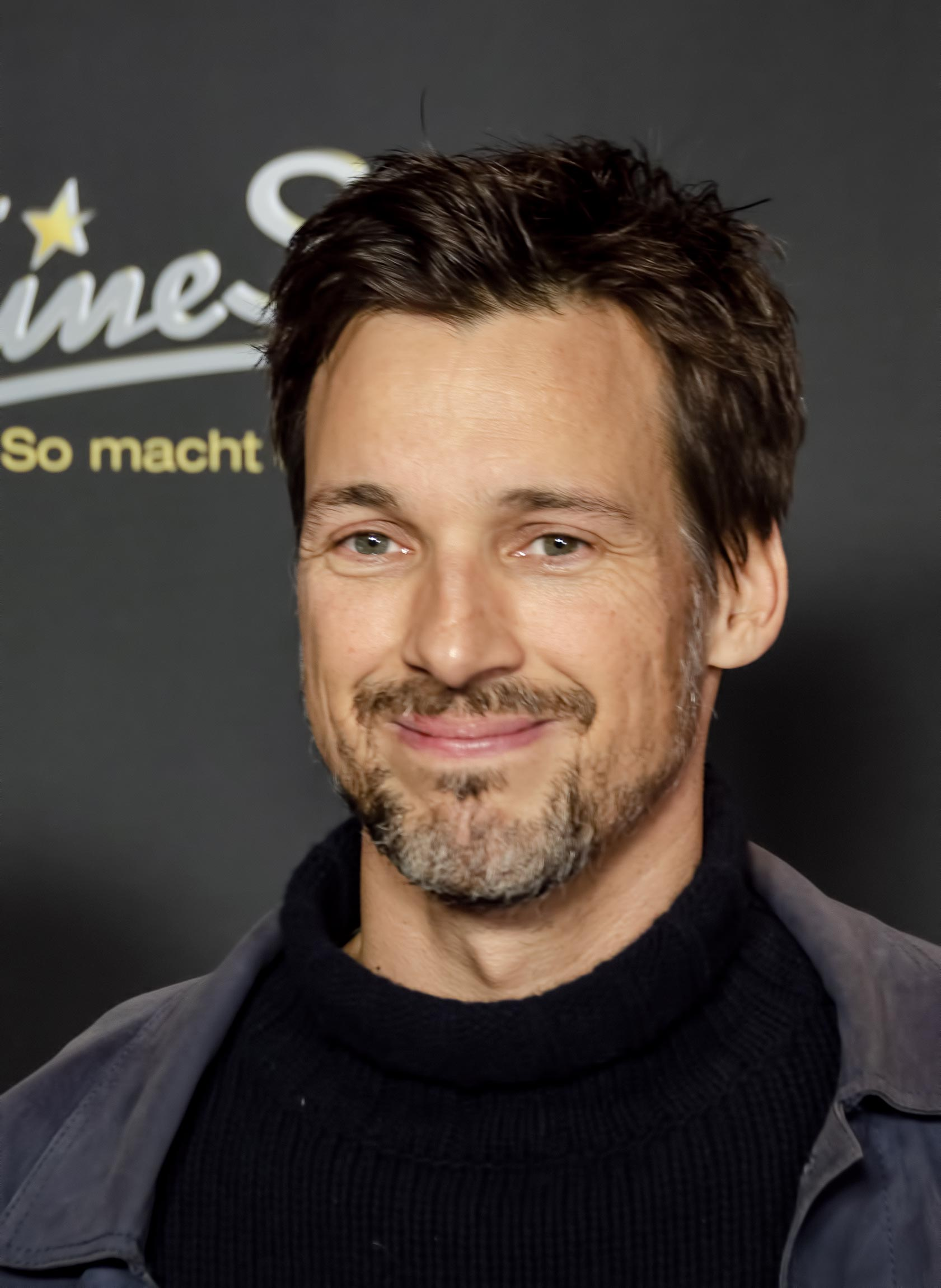 OMG, hes naked: Florian David Fitz in Die Lügen der